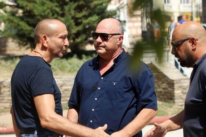 Γιώργος Ποζίδης: Με ποντιακή λύρα και χειροκροτήματα το