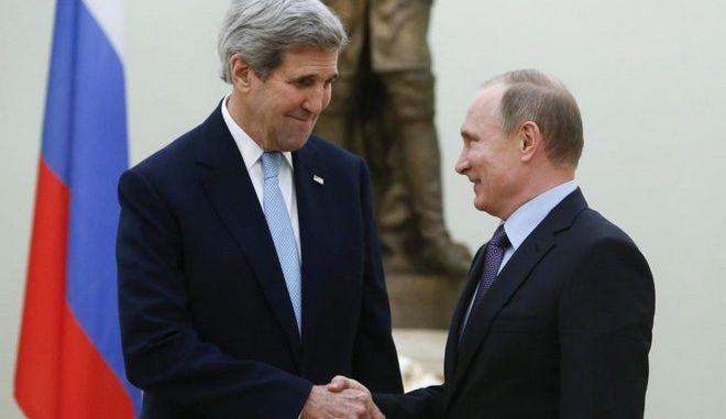 Πούτιν - Κέρι: Ρωσία και ΗΠΑ αναζητούν από κοινού λύση για την Συρία