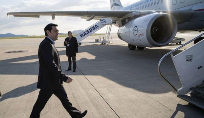 Στην Πάρο ο Αλέξης Τσίπρας για τα εγκαίνια του νέου αεροδρομίου