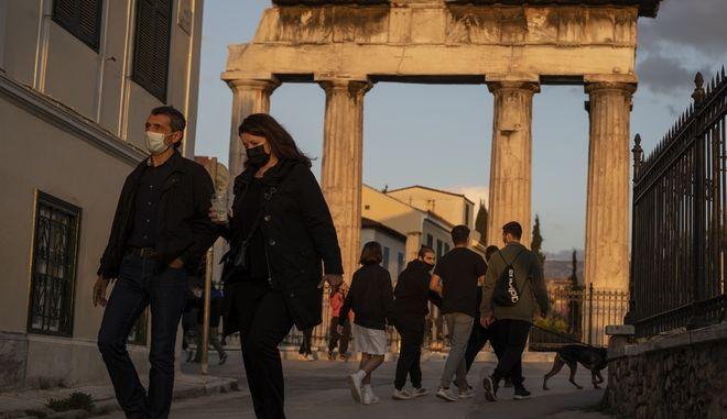 Κρούσματα στην Ελλάδα