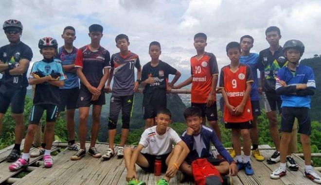 Οι εγκλωβισμένοι: Τα 12 αγόρια θα μείνουν έως τέσσερις μήνες στη σπηλιά της Ταϊλάνδης