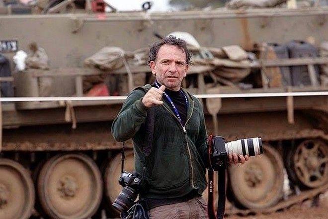 Αριστοτέλης Σαρρηκώστας: Ο Γιάννης Μπεχράκης είναι εδώ - Θα μας το θυμίζουν για πάντα οι φωτογραφίες του