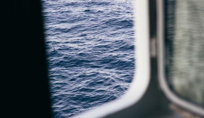 Τρίχρονη ακρωτηρίασε το δάχτυλό της στην πόρτα καμπίνας  πλοίου