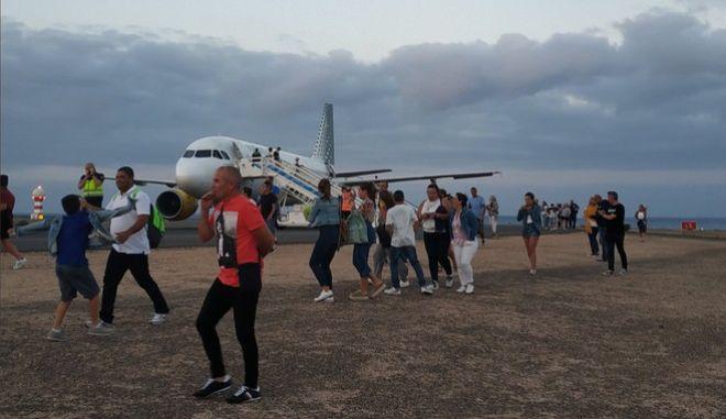 Σημείωμα για βόμβα αναστάτωσε επιβάτες στα Κανάρια Νησιά