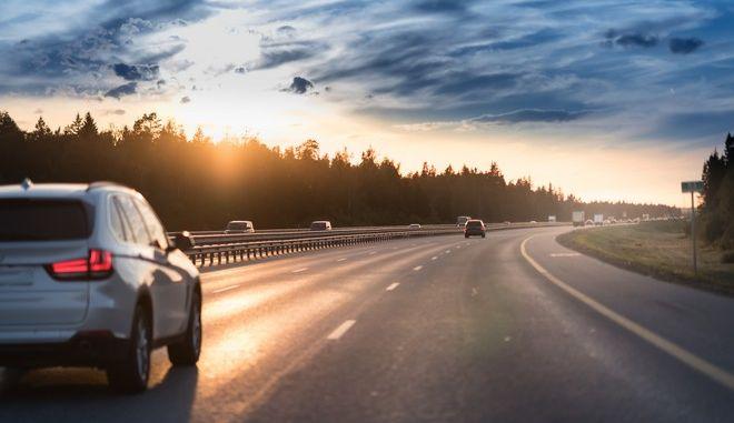 Ισπανία: 66χρονος οδήγησε για 30 χλμ ανάποδα σε αυτοκινητόδρομο με συνοδηγό ένα πτώμα