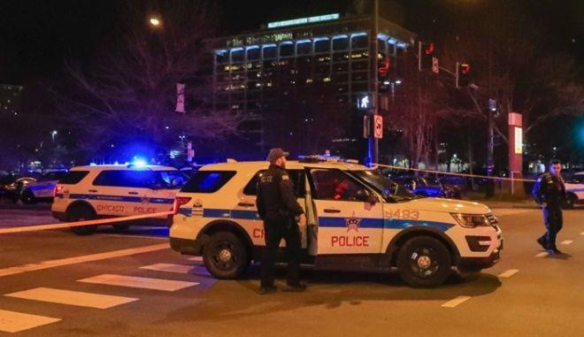 Τρόμος στο Σικάγο: Τέσσερις νεκροί σε ανταλλαγή πυρών σε νοσοκομείο
