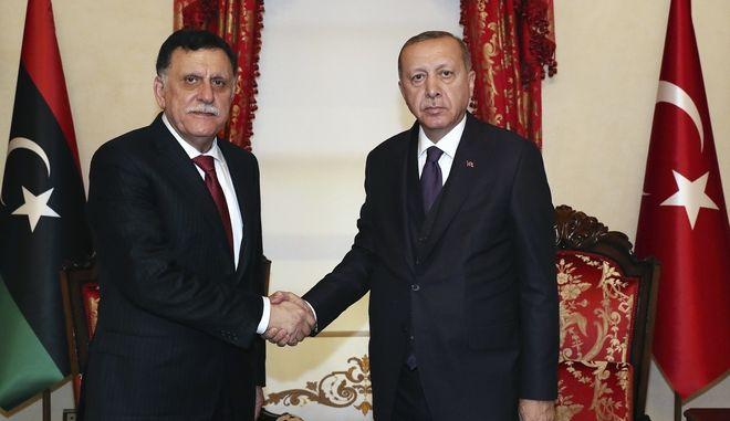 Ερντογάν και Fayez al-Sarraj
