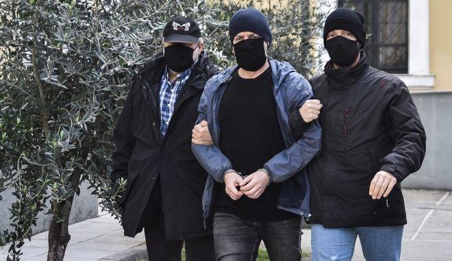 Απολογία του Δημήτρη Λιγνάδη ενώπιον της ανακρίτριας έπειτα από ένταλμα που εκδόθηκε σε βάρος του κατηγορούμενος για το αδίκημα του βιασμού κατά συρροή, Πέμπτη 25 Φεβρουαρίου 2021. (EUROKINISSI/ΒΑΣΙΛΗΣ ΡΕΜΠΑΠΗΣ)