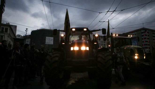 Protest rally by farmers from all over Greece, in Athens, Greece on February 12, 2016. /       '      12  2016.