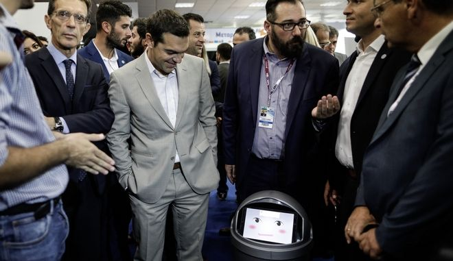 Tour of Prime Minister Alexis Tsipras at the pavilions of the 82nd Thessaloniki International Traid Fair (TIF) and inauguration of the stand of the Honored Country of China, Thessaloniki, Greece on September 9, 2017.  /         82         , , 9  2017.