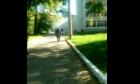 Καρέ από το βίντεο που κατέγραψε την στιγμή της επίθεσης 18χρονου σε κολέγιο της Κριμαίας