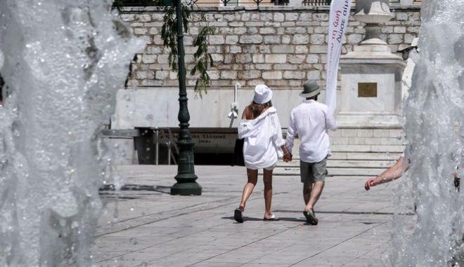 Κορονοϊός: 252 νέα κρούσματα σήμερα στην Αττική
