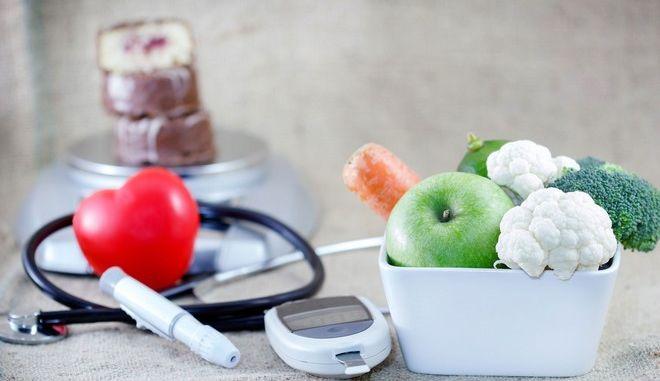 Ισορροπημένη διατροφή για την αντιμετώπιση του διαβήτη.