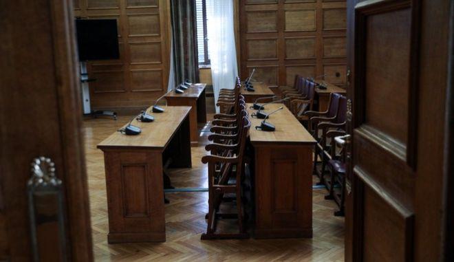 Συνεδρίαση της Ειδικής Κοινοβουλευτικής Επιτροπής προς διενέργεια προκαταρκτικής εξέτασης σχετικά με τη διερεύνηση αδικημάτων που τυχόν έχουν τελεσθεί από τον πρώην Υπουργό Νικόλαο Παππά κατά την άσκηση των καθηκόντων του