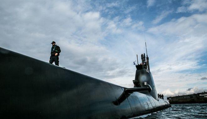 Το υποβρύχιο Πιπίνος σε δοκιμαστικό πλου στο Σκαραμαγκά τον Οκτώβριο του 2014
