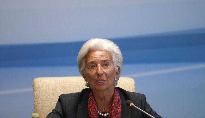 ΔΝΤ: Έρχεται το τέλος της εποχής του πετρελαίου