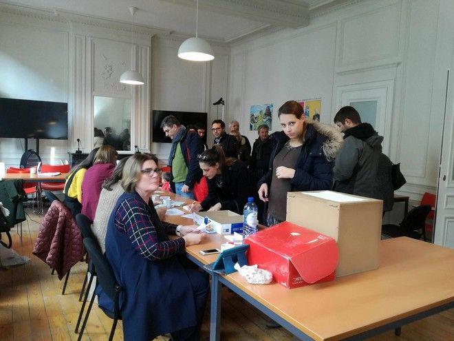 Εκλογές στην κεντροαριστερά: Οι Έλληνες των Βρυξελλών προσέρχονται στην κάλπη
