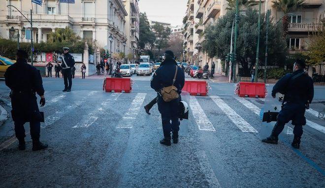 Μέτρα της Αστυνομίας στο κέντρο της Αθήνας
