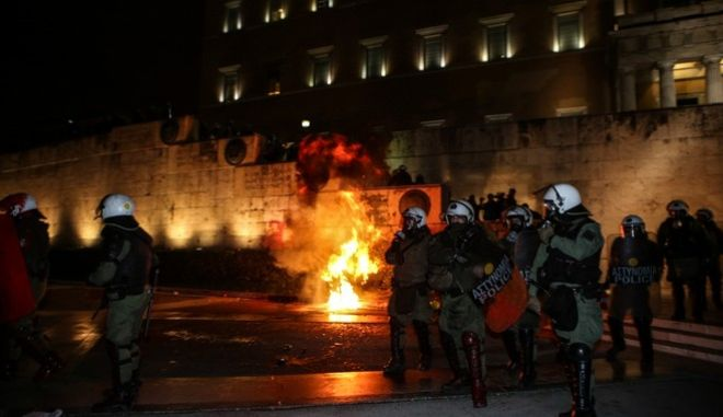 Demonstration by workers` unions against the voting of the new Multibill of the third evaluation, in Athens, on January 15, 2018 /             ,  ,  15 , 2018