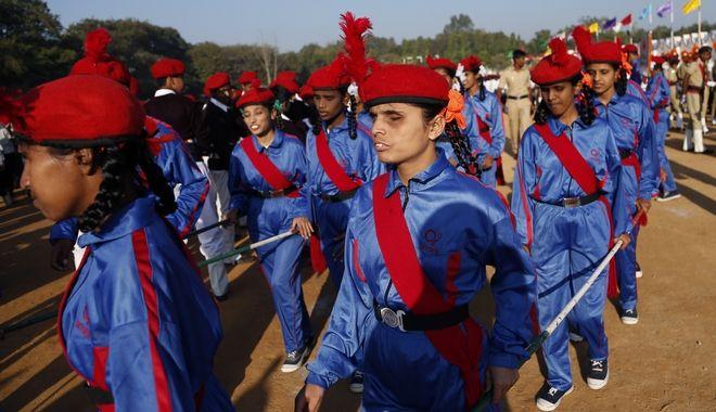 Μαθητική παρέλαση στην Ινδία