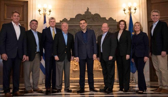 Συνάντηση Τσίπρα με αντιπροσωπεία του αμερικανικού Κογκρέσου