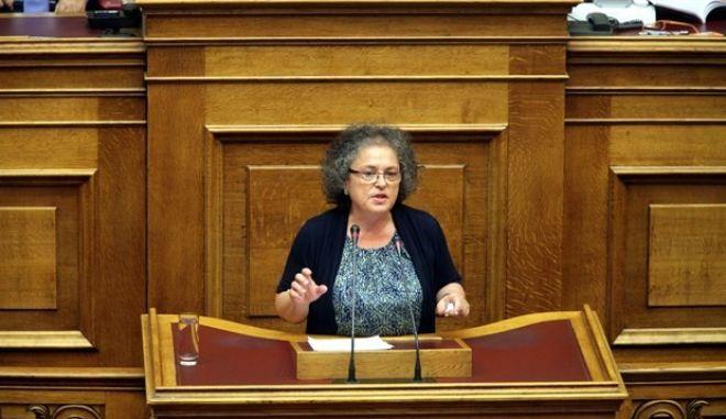 Θεοπεφτάτου: Οι βουλευτές που ζητούν αναδρομικά είναι της ΝΔ και του ΠΑΣΟΚ