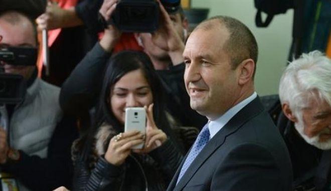 Εκλογές Βουλγαρίας: Νίκη των Σοσιαλιστών του Ρούμεν Ράντεφ