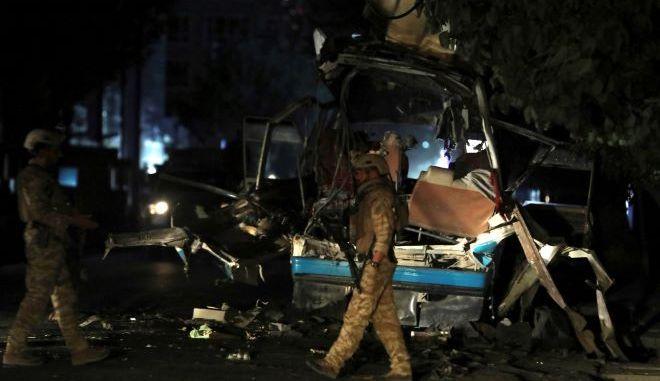Βόμβα σε λεωφορείο στην Καμπούλ
