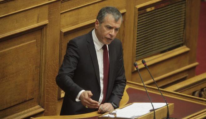 Θεοδωράκης: Θέλετε να φύγει το ΔΝΤ και να μείνετε μόνοι με Σόιμπλε;