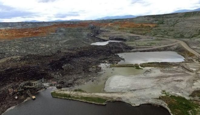 Αεροφωτογραφίες από την καθίζηση στα ορυχεία της ΔΕΗ στο Αμύνταιο,Κυριακή 11 Ιουνίου 2017 (EUROKINISSI)