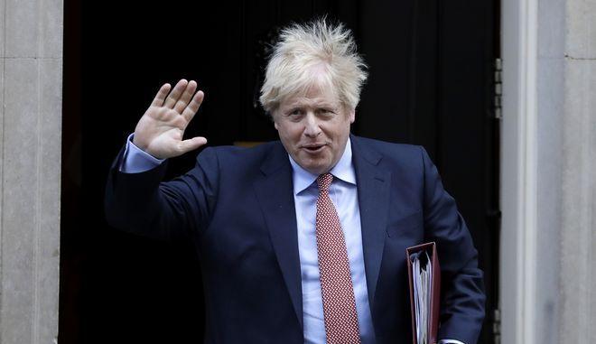 Ο Μπόρις Τζόνσον στην πρωθυπουργική κατοικία στο Λονδίνο