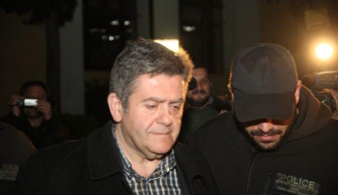 Απολογία του του πρώην προέδρου του νοσοκομείου «Αγλαΐα Κυριακού», Χάρη Τομπούλογλου, στον ανακριτή για τον χρηματισμό των 25.000 ευρώ, Σάββατο 28 Δεκ. 2013. (EUROKINISSI/ΑΛΕΞΑΝΔΡΟΣ ΖΩΝΤΑΝΟΣ)