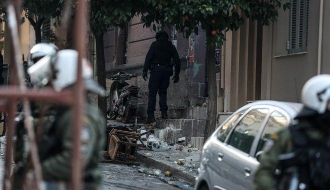 Επιχείρηση της αστυνομίας σε υπό κατάληψη κτήρια, στο Κουκάκι την Τετάρτη 18 Δεκεμβρίου 2019.