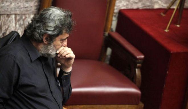 Πολάκης: Οι κυβερνήσεις δεν πέφτουν με δικαστικά πραξικοπήματα