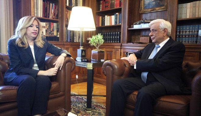 ΑΘΗΝΑ-Συνάντηση του Προέδρου της Δημοκρατίας Προκόπη Παυλόπουλου, με την πρόεδρο  του ΠΑΣΟΚ, Φώφη Γεννηματά.(Eurokinissi-ΖΩΝΤΑΝΟΣ ΑΛΕΞΑΝΔΡΟΣ )