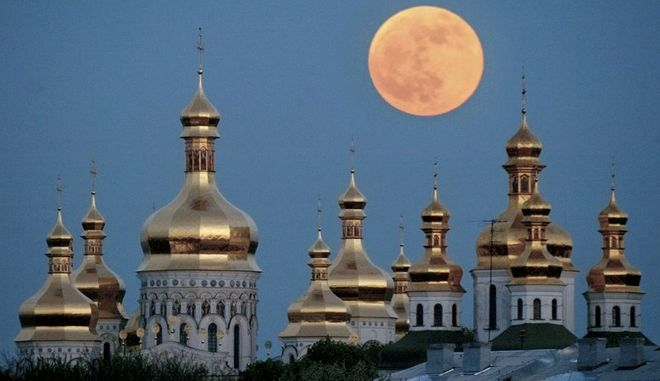 """Ρώσοι χάκερ """"χτυπάνε"""" το Φανάρι: Ιερός πόλεμος και απειλές για νέο σχίσμα"""