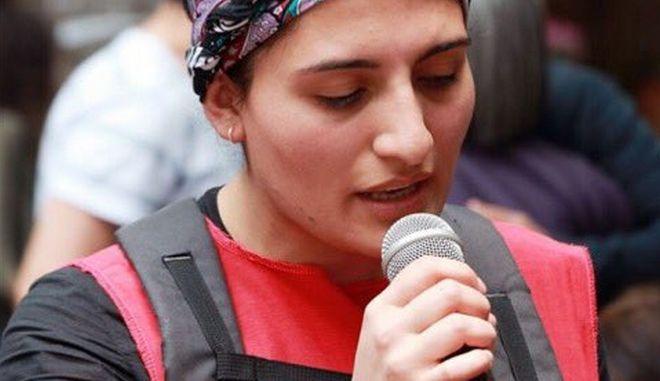 Η Helin Bolek πέθανε για την ελευθερία: Ποιο είναι το συγκρότημα που εξόργισε τον Ερντογάν