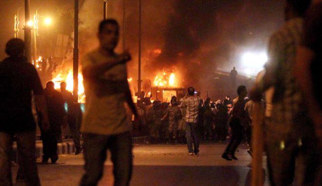 Επεισόδια στο Κάιρο με έναν νεκρό και δεκάδες τραυματίες
