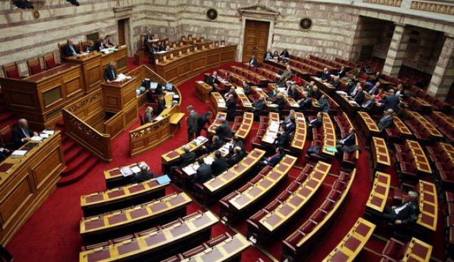 Βουλή- συζήτηση της πρότασης του ΣΥΡΙΖΑ για σύσταση εξεταστικής επιτροπής που θα διερευνήσει την υπόθεση των υποβρυχίων και των ναυπηγίων Σκαραμαγκά.(EUROKINISSI-ΑΛΕΞΑΝΔΡΟΣ ΖΩΝΤΑΝΟΣ)