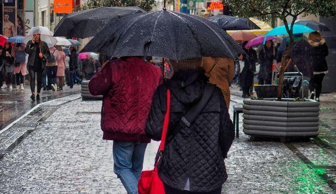 ΒΡΟΧΗ ΠΑΡΑΣΚΕΥΗ 15 ΦΕΒΡΟΥΑΡΙΟΥ 2019 (EUROKINISSI/ ΓΙΩΡΓΟΣ ΚΟΝΤΑΡΙΝΗΣ)