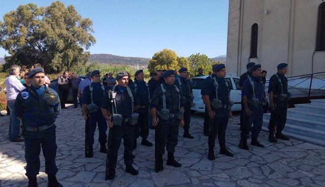 Αγρίνιο: Θρήνος στην κηδεία του σμηνίτη που σκοτώθηκε στη Βόνιτσα