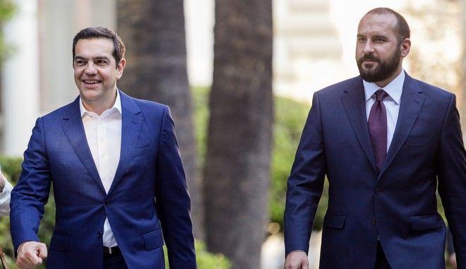 Ο Αλέξης Τσίπρας και ο Δημήτρης Τζανακόπουλος