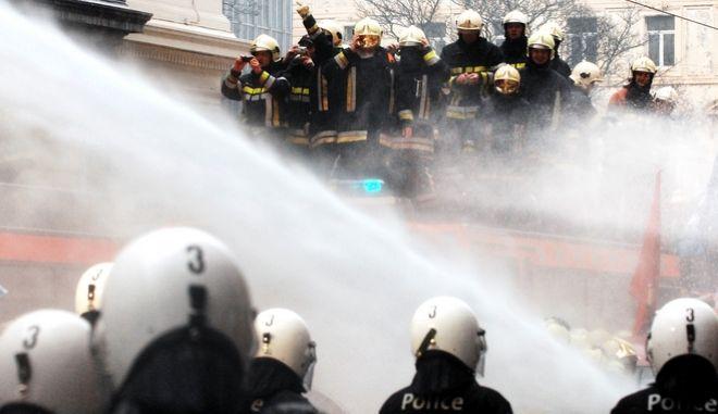 Βρυξέλλες: Ισχυρή έκρηξη σε κατοικία με επτά τραυματίες