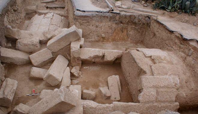 Σπουδαία ανακάλυψη: Νέος μακεδονικός τάφος στο νομό Πέλλας
