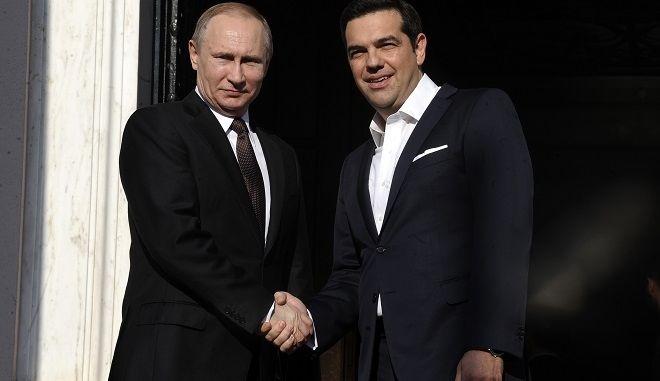 Συνάντηση του πρωθυπουργού, Αλέξη Τσίπρα με τον Πρόεδρο της Ρωσικής Ομοσπονδίας, Βλαντίμιρ Πούτιν, την Παρασκευή 27 Μαΐου 2016, στο Μέγαρο Μαξίμου. (EUROKINISSI/ΤΑΤΙΑΝΑ ΜΠΟΛΑΡΗ)