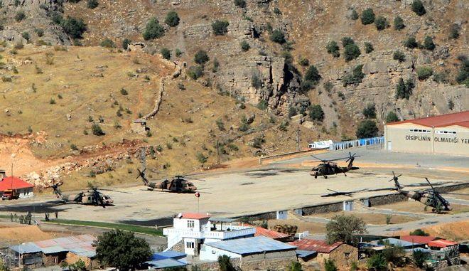 Τουρκική βάση στα σύνορα με το Ιράκ
