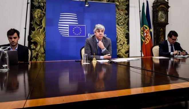 Στιγμιότυπα από την 2η έκτακτη τηλεδιάσκεψη του Προέδρου του Eurogroup Μάριο Σεντένο με τα μέλη του