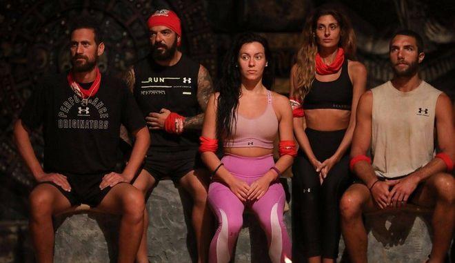 Η ομάδα των κόκκινων στο συμβούλιο του Survivor 4