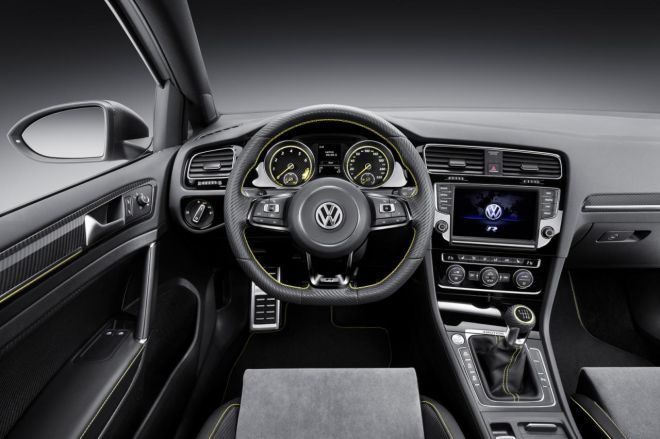 Οριστικό. Στην παραγωγή το 2016 το VW Golf R 400