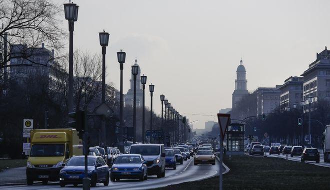 Η πόλη του Αμβούργου επιβάλει από τις 31 Μαΐου περιορισμούς στην κυκλοφορία παλαιότερων ντιζελοκίνητων οχημάτων, φωτογραφία αρχείου